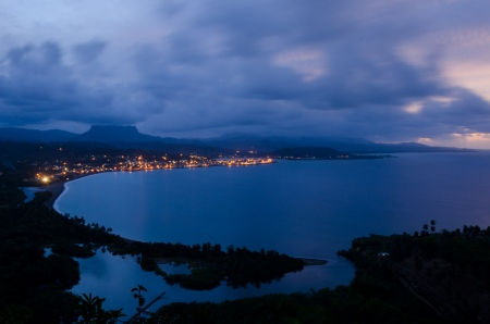 Bay of baracoa, a night photography by louis alarcon in cuba photo tour
