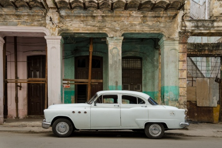 old cars in cuba 12 , cuban workshops led by louis alarcon