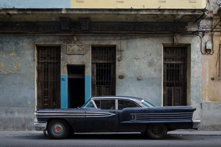 old cars in cuba 16 , cuban workshops led by louis alarcon