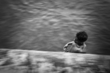 running away of Havana by Louis Alarcon, proffessional cuban photographer