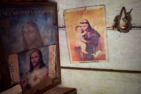 religious images in Cuba, by louis Alarcon