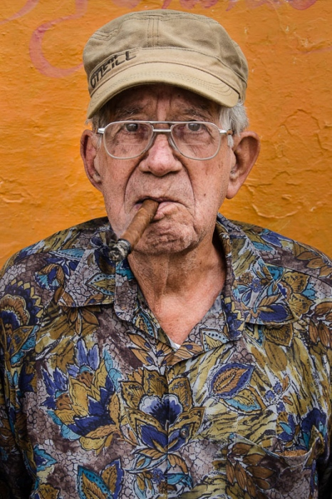cuban portraits of old man 10 in photo travels to cuba with louis alarco