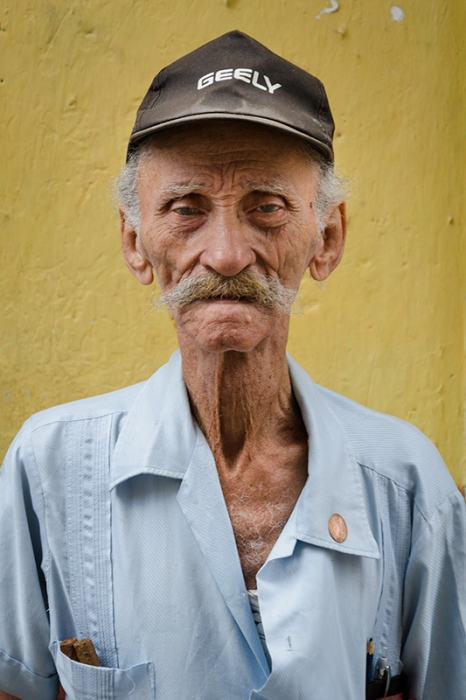 cuban portraits of old man 12 in photo travels to cuba with louis alarco