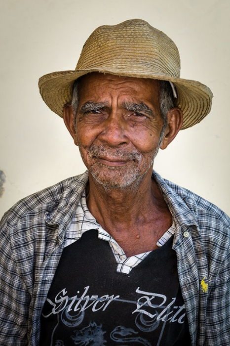 cuban portraits of old man 13 in photo travels to cuba with louis alarco